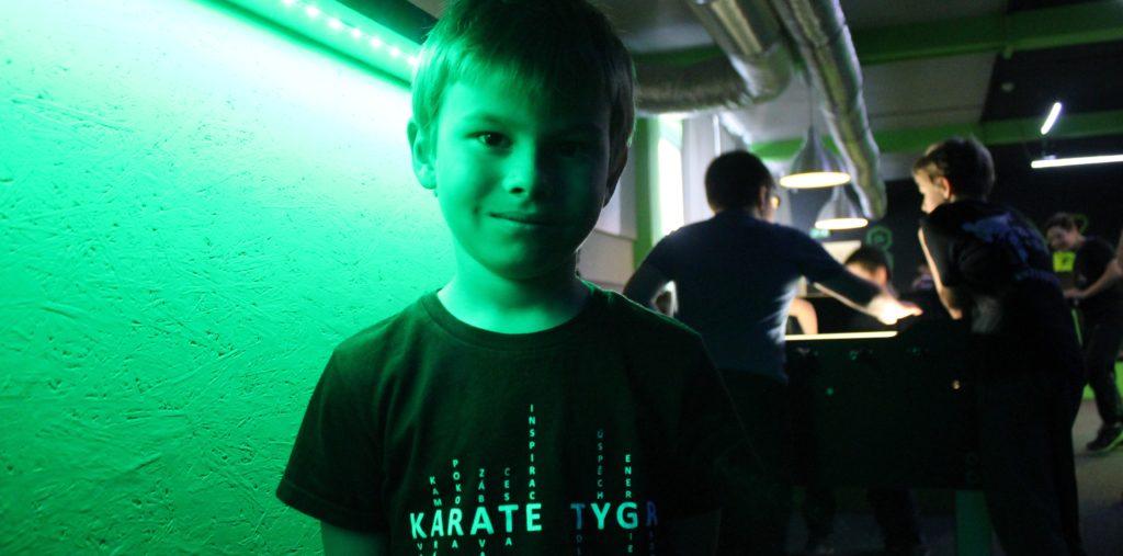 Karate tygr na Laser Game!